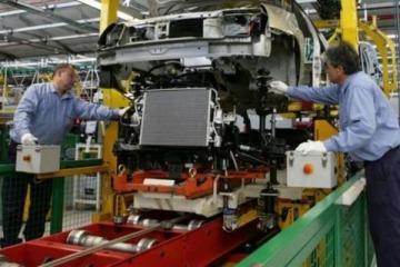 La industria cedió un 0,6% en enero y arrancó el año en baja