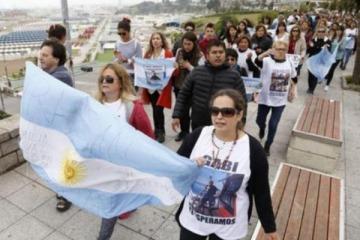 Familiares de los tripulantes del ARA San Juan lanzaron una colecta para continuar con la búsqueda