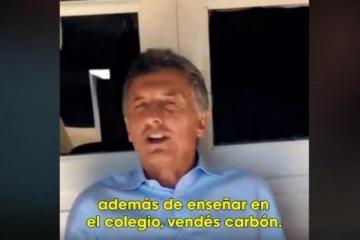 Macri felicitó a una maestra que, además de dar clases, vende carbón para subsistir