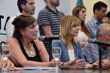Denuncian que Vidal promovió la creación de un monopolio en la distribución eléctrica para un empresario amigo de Macri