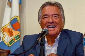 Barrionuevo le abrió la puerta del peronismo a Emilio Monzó