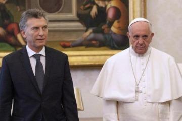 Mientras Macri negocia la vuelta al FMI, el Papa destrozó los procesos de endeudamiento y ajuste
