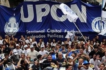 Los empleados estatales no aceptaron la oferta paritaria del Gobierno