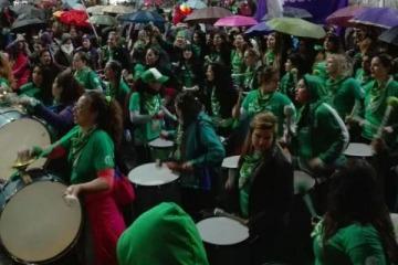 """Una multitud volvió a marchar bajo el lema """"sin aborto no hay Ni Una Menos"""""""