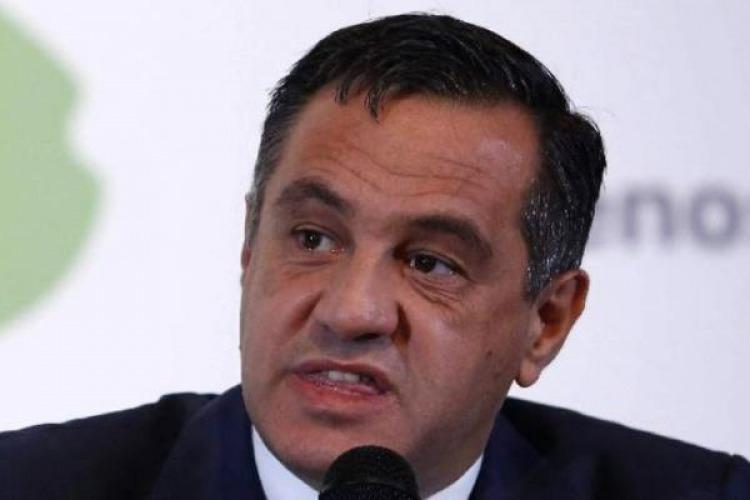 Abuchearon al ministro de Educación en una charla en Córdoba