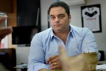 El Gobierno le responde a los gremios confirmando que el medio aguinaldo tributará Ganancias