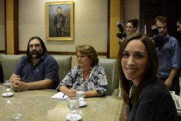 Tras el revés judicial y por miedo a un paro post vacaciones, Vidal tuvo que convocar a los docentes a discutir paritarias
