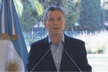 """Macri anunció que le pedirán al FMI que adelante los """"recursos necesarios"""" para cumplir las metas de 2019"""