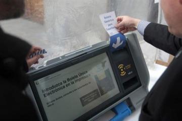 Neuquén acordó aplicar el voto electrónico con una empresa denunciada por usar un sistema vulnerable