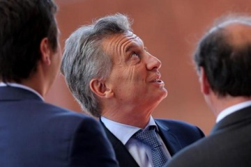 """Crawling peg"", la estrategia kirchnerista que Macri piensa usar para contener al dólar"