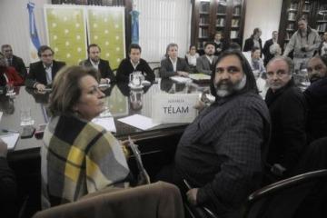 Vidal rompió las negociaciones y decretó un aumento del 19% para los docentes