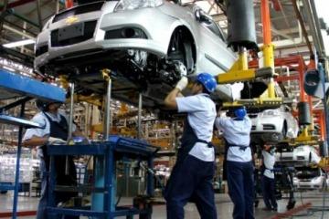 La UIA alertó acerca de una fuerte caída en la actividad industrial