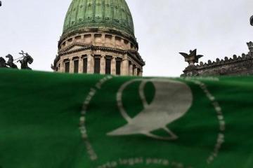 Este lunes habrá una movilización a la Casa de Tucumán para exigir que se cumpla con la ILE