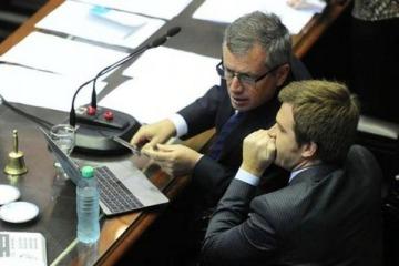 Cambiemos se queda sin su pata política con las salidas de Monzó y Massot