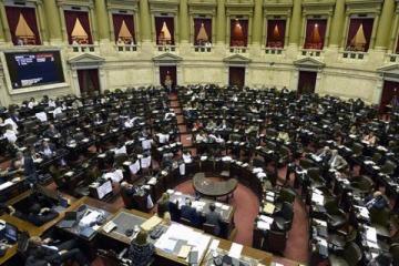 El peronismo unido lleva la agenda social al Congreso para acompañar las protestas