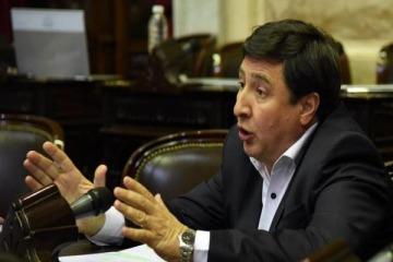 """Arroyo: """"El Gobierno está bailando sobre el Titanic"""""""