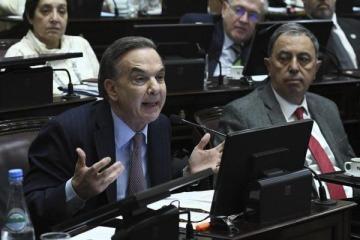 La tensión entre el PJ y Alternativa Federal abre una interna en el bloque de Pichetto y lo deja más aislado