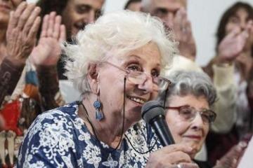 Abuelas de Plaza de Mayo anunció la restitución del Nieto 130