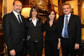 A pesar de la operación de Pichetto, se confirmó que el PJ de Perotti juega con los Fernández