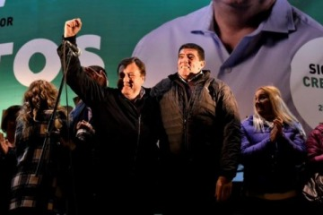 Pichetto llevó su historial de derrotas al Gobierno mientras el peronismo festejó en Roca