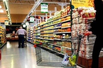 Recesión sin fin: en abril se volvieron a desplomar las ventas en supermercados