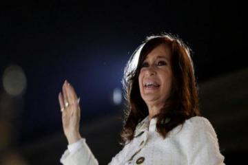 Cristina viaja a Cuba para visitar a Florencia