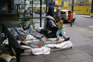 Los sin techo de Macri: hay 7.251 personas en situación de calle en la Ciudad y la cifra aumentó un 23 % en dos años