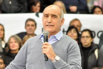 En campaña: la UCR igualó a la dictadura con la oposición a Macri