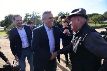 Alberto sigue su recorrida por Córdoba mientras Massa avanza para sumar sus votos jujeños