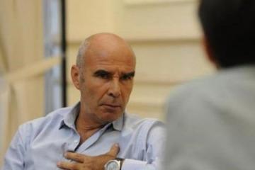 """Gómez Centurión felicitó a """"los gauchos que echaron a rebencazos a los veganos"""""""