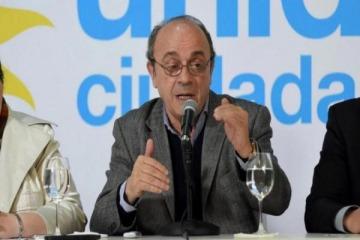 """Moreau pidió investigar a Macri por la supuesta maniobra de """"castigar a los argentinos por el voto del domingo"""""""