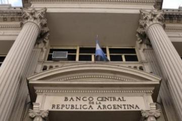 """El gobierno perseguirá a los ahorristas que cometieron """"infracciones"""" con el cepo de Macri"""