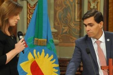 Un funcionario de Vidal fue increpado por trabajadores del Banco Provincia