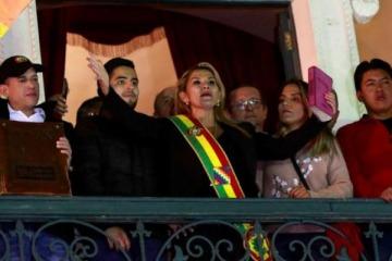 Pinedo reconoció a la presidenta autoproclamada de Bolivia y adelantó la posición de Cambiemos en el Congreso