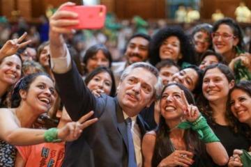"""""""Va a haber un proyecto de ley para despenalizar el aborto"""", anunció Alberto Fernández"""