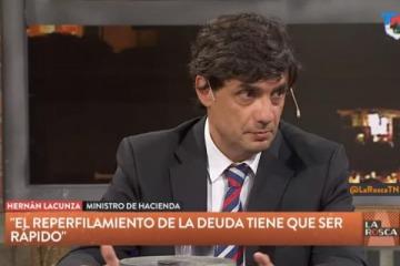 """Para Lacunza la deuda que dejará el Gobierno """"no es alta"""" ya que """"representa el 70% del PBI"""""""
