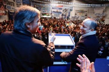 """""""Máximo tiene una gran visión política y capacidad articuladora, es un dirigente de diálogo y consenso"""""""