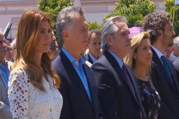 """Macri y Alberto Fernández compartieron una misa donde la Iglesía pidió que """"le devuelvan los derechos a los pobres"""""""