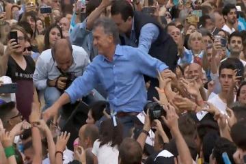 En su despedida, Macri construyó una imagen de futura oposición unida y le dedicó un doble mensaje a Alberto