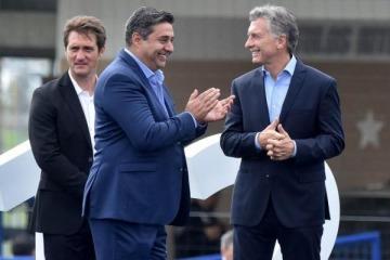 Polémico: aseguran que Angelici aprovechó el blanqueo de Macri y sería top 10 de los que más blanquearon