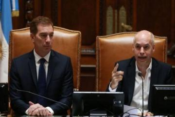 Rodríguez Larreta les envió un guiño amistoso a Alberto y Kicillof en su discurso de apertura de sesiones ordinarias