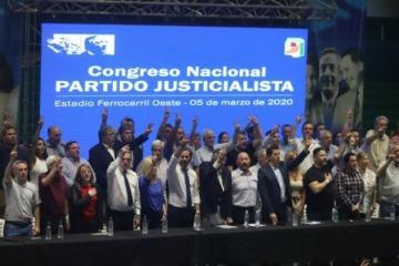 """Congreso del PJ: unidad, apoyo al """"nunca más"""" al endeudamiento y duras críticas al lawfare"""
