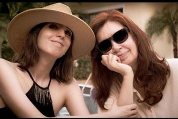 Cristina y Florencia vuelven de Cuba: estarán aisladas y el regreso no implica cambios procesales para la hija de la vice
