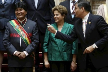 Ex presidentes, Nobel de la Paz y dirigentes del FdT le reclamaron al FMI la condonación de la deuda