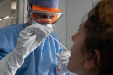 Coronavirus: confirmaron 704 nuevos infectados y se potencia la concentración de casos en el AMBA