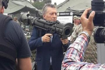 Escándalo: la AFI denunció a Macri y Arribas por la venta ilegal de armas a los propios espías del organismo
