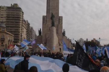 Fuerte marcha en Rosario para apoyar la intervención del Gobierno en Vicentin