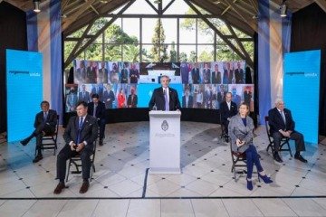 """Alberto lanzó un llamado federal a construir """"entre todos"""" la """"Argentina del mañana"""""""