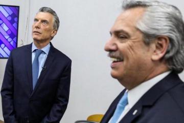 """La contundente respuesta de Alberto al festejo de Macri por la """"libertad"""" con que """"se vive"""" en París la pandemia"""