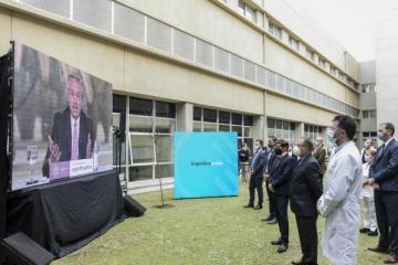 Alberto inauguró otro hospital en la Provincia que Cristina dejó construido pero que Macri y Vidal abandonaron